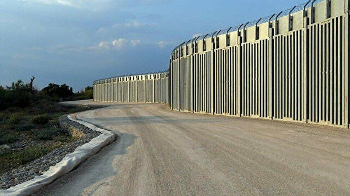 Yunanistan dan  Afganlar  için önlem: Türkiye sınırına 40 kilometrelik çelik duvar örüldü #2