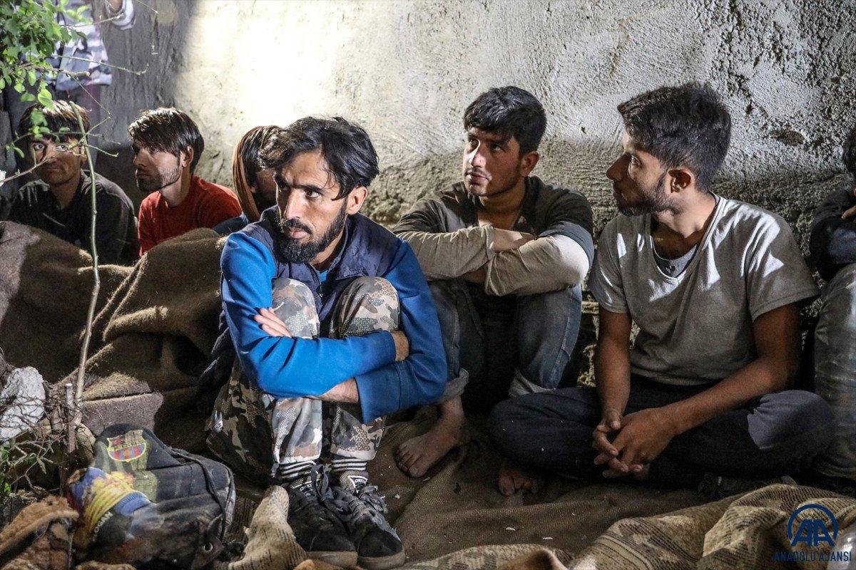 Van da 25 düzensiz göçmen yakalandı #4
