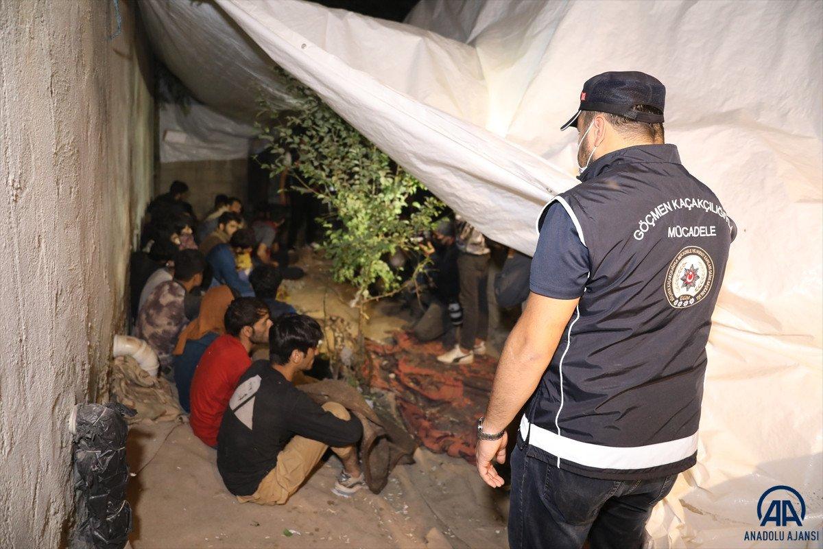 Van da 25 düzensiz göçmen yakalandı #8