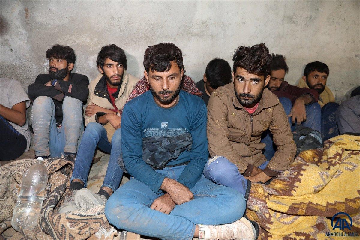 Van da 25 düzensiz göçmen yakalandı #5