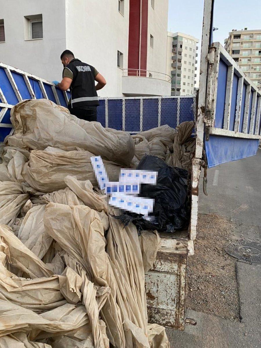 Adana'da kaçak tütün operasyonu: 4 gözaltı #2