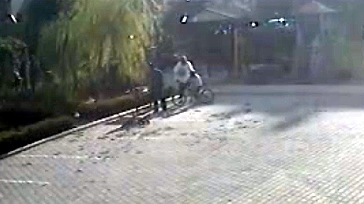 Kahramanmaraş'ta salçaya taş attılar diye çocukları dövdü #1