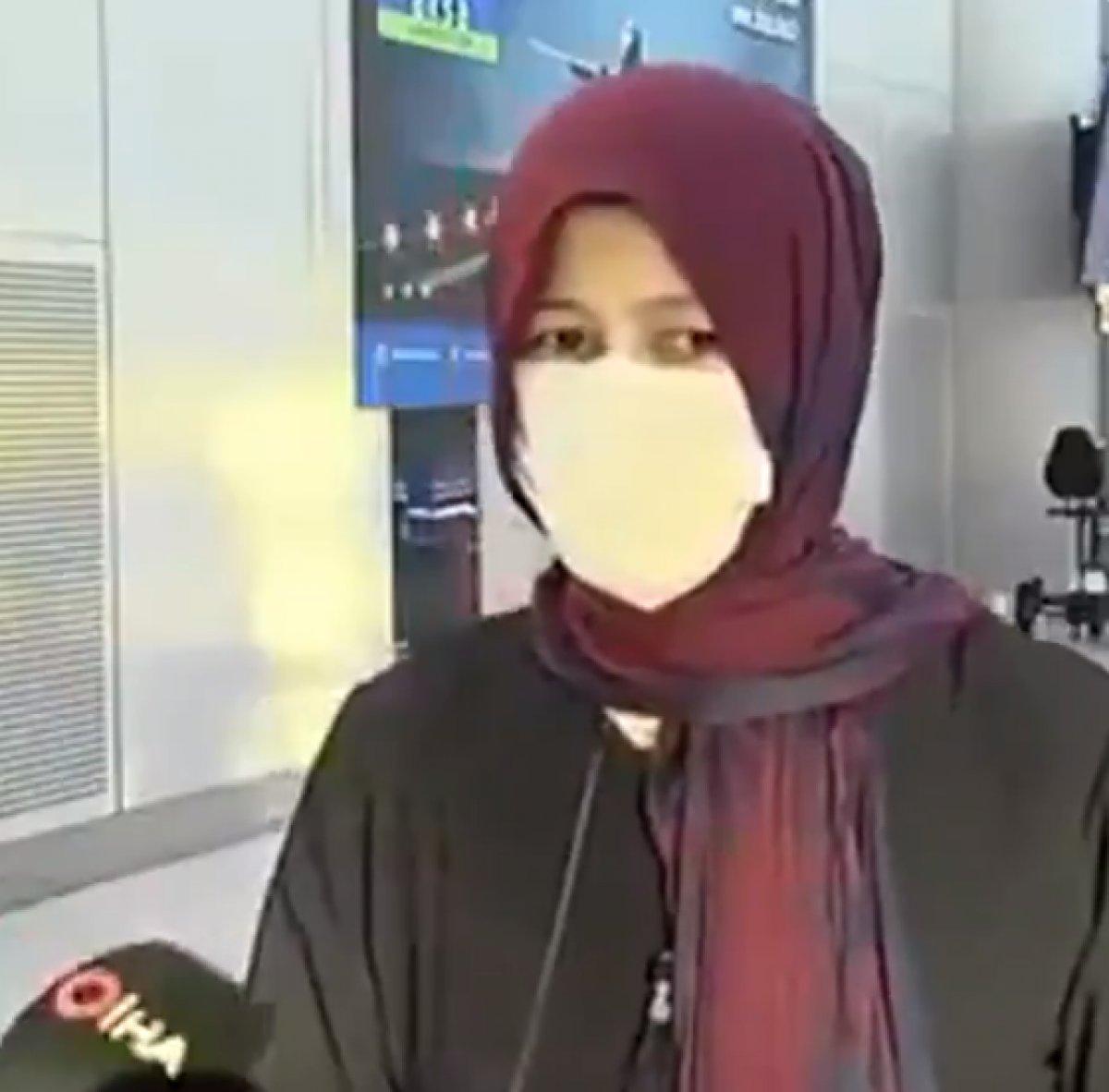 Afganistan dan tahliye edilen kadın Taliban ı övdü #2