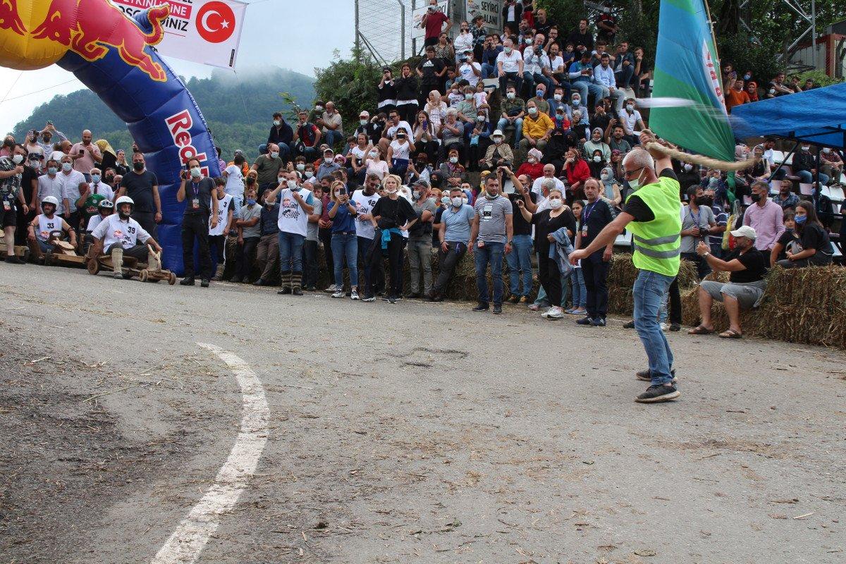 Rize'de 'Formulaz' yarışında tahta arabalar kıyasıya mücadele etti  #4