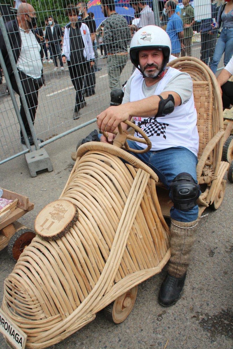 Rize'de 'Formulaz' yarışında tahta arabalar kıyasıya mücadele etti  #8