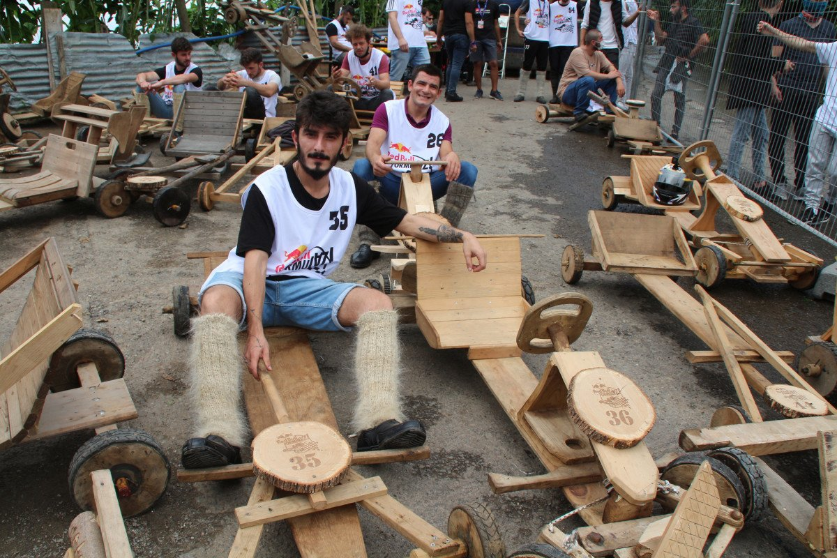 Rize'de 'Formulaz' yarışında tahta arabalar kıyasıya mücadele etti  #3