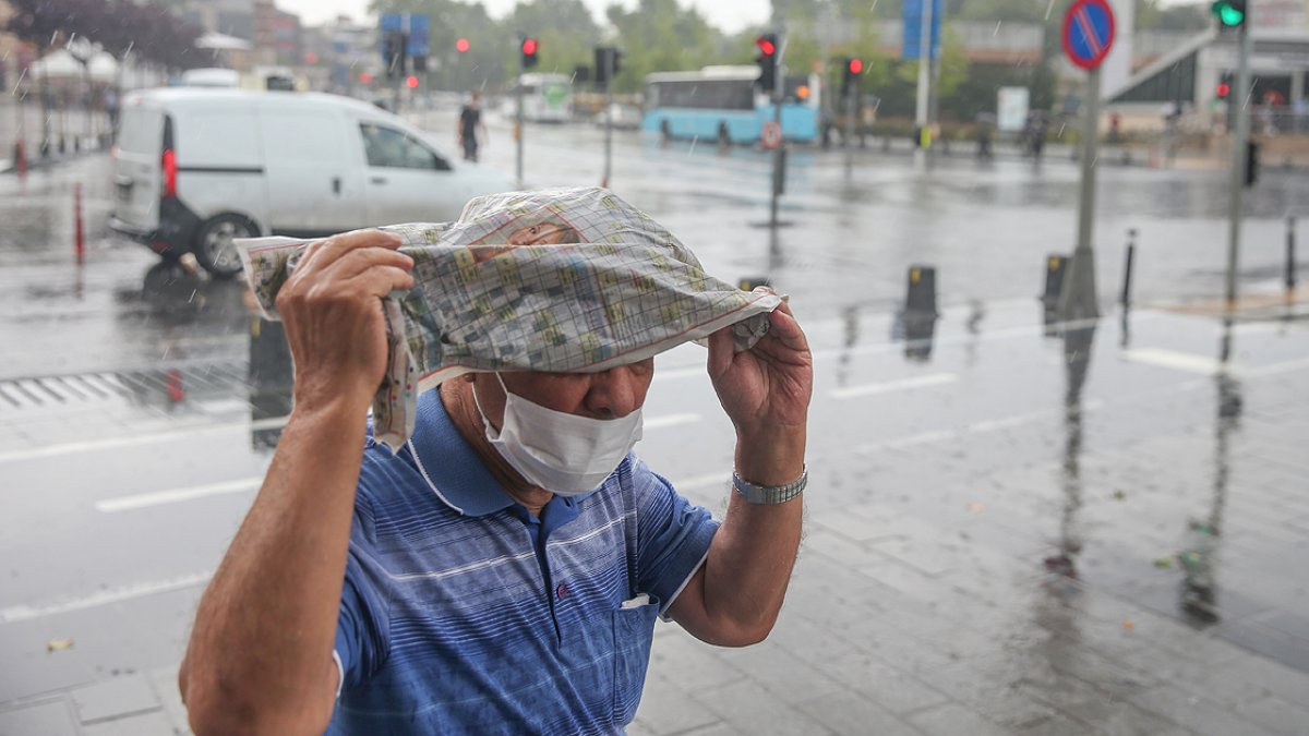 Meteorolojiden İstanbul ve çevresi için sağanak yağış uyarısı #2