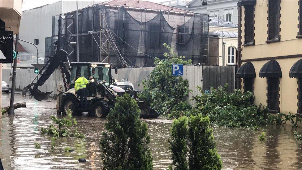 Meteorolojiden İstanbul ve çevresi için sağanak yağış uyarısı #7