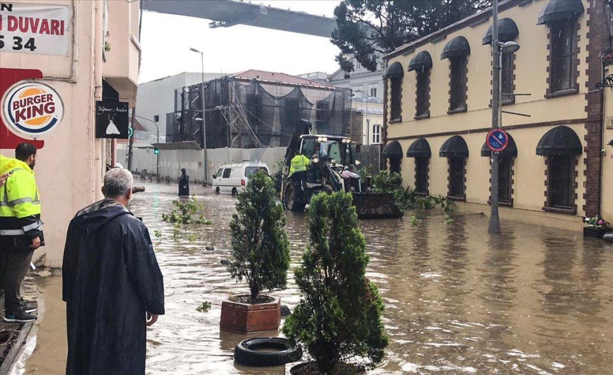 Meteorolojiden İstanbul ve çevresi için sağanak yağış uyarısı #6
