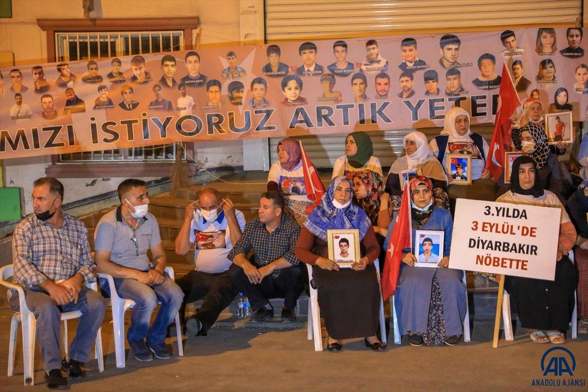 Diyarbakır anneleri 24 saat evlat nöbeti tutacak #3