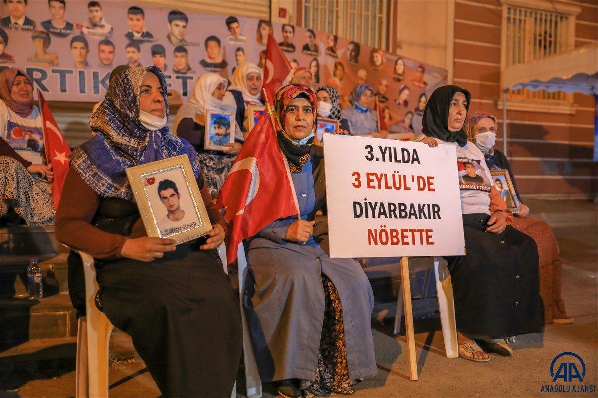 Diyarbakır anneleri 24 saat evlat nöbeti tutacak #7