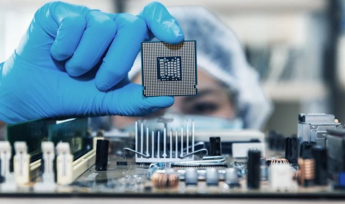 Samsung, yarı iletken sektöründe Intel i geride bıraktı #1