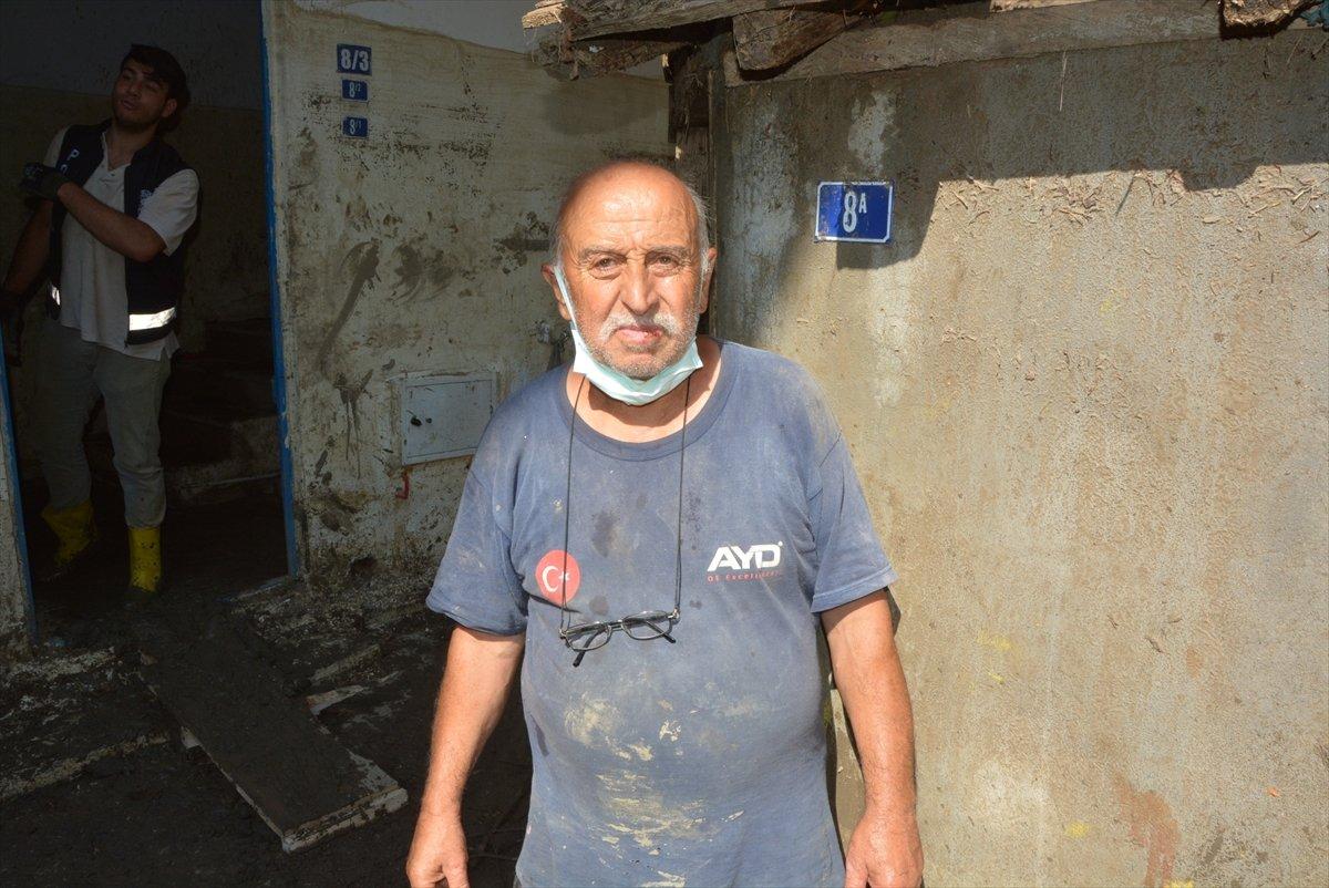Kastamonu da sel mağdurları, destek için askerlere minnettar #7
