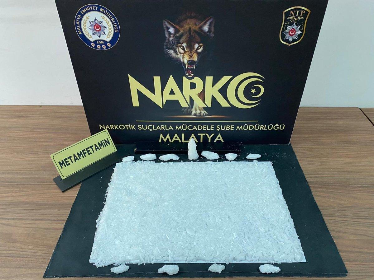 Malatya polisinden uyuşturucu tacirlerine bir darbe daha #1