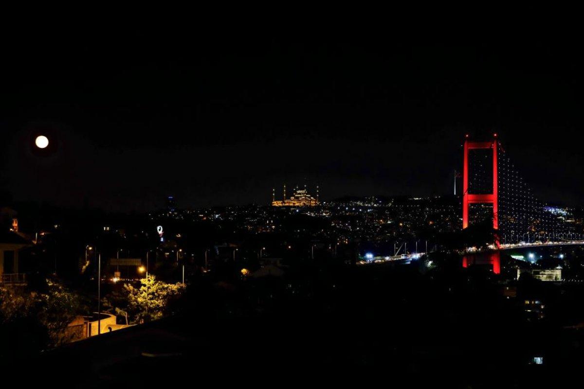 İstanbul da mest eden dolunay manzarası #3