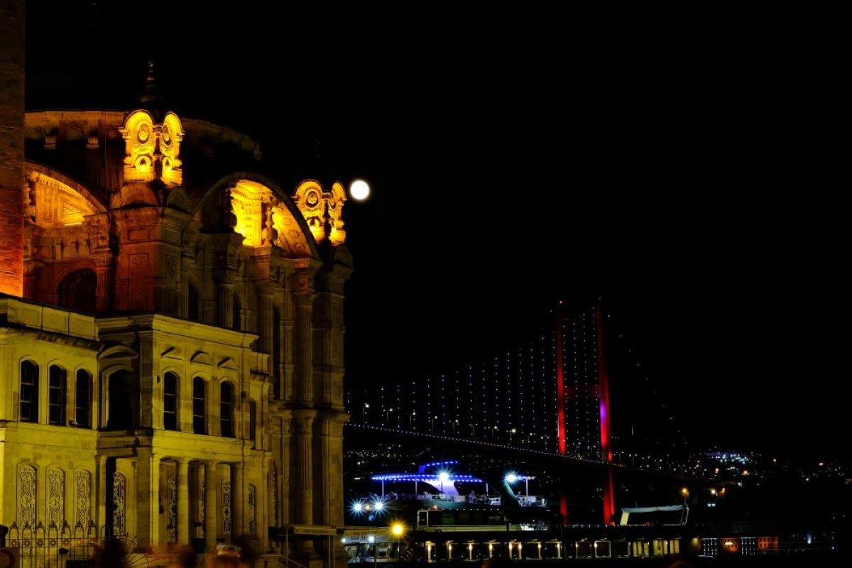 İstanbul da mest eden dolunay manzarası #5