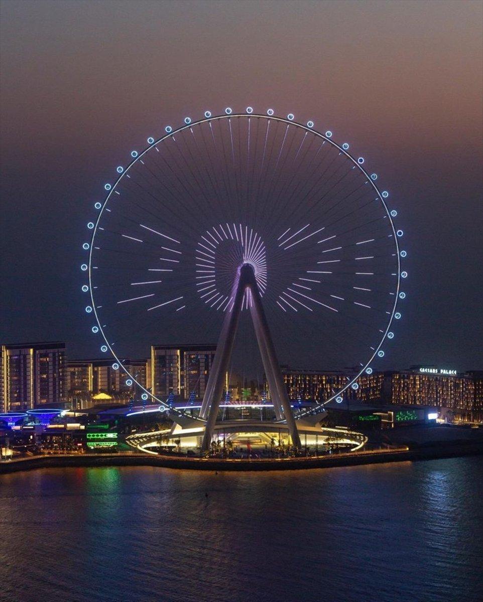 Dubai de 1750 kişilik dünyanın en büyük dönme dolabı #2