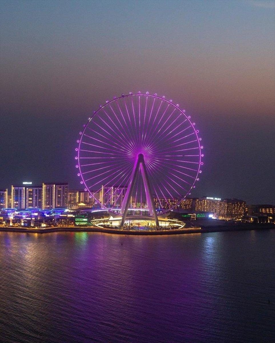 Dubai de 1750 kişilik dünyanın en büyük dönme dolabı #4