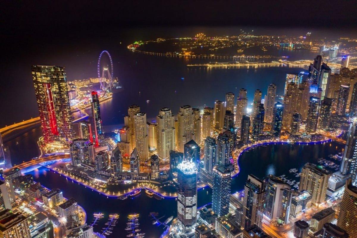 Dubai de 1750 kişilik dünyanın en büyük dönme dolabı #5