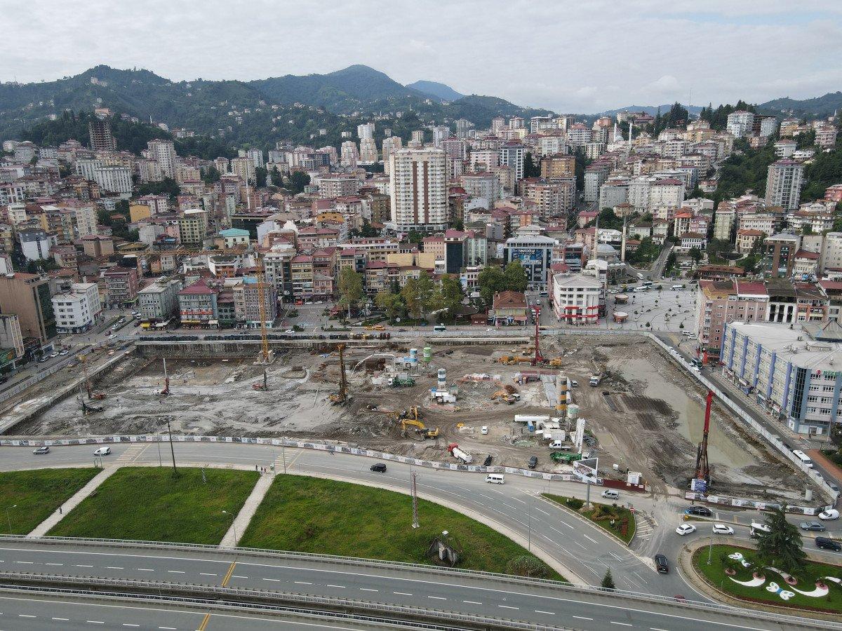 Rize'de tarihi dönüşüm başladı: Yeni yapılar kazıklarla kayalara sabitlenecek #7