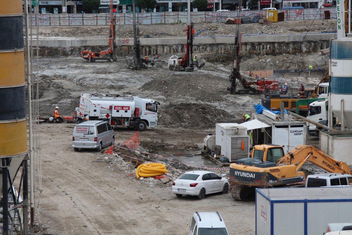 Rize'de tarihi dönüşüm başladı: Yeni yapılar kazıklarla kayalara sabitlenecek #4
