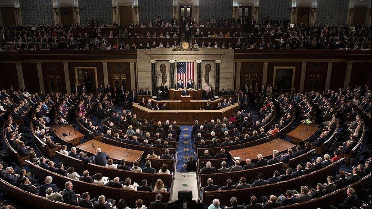 ABD Temsilciler Meclisi 3.5 trilyon dolarlık bütçe planını onayladı #1