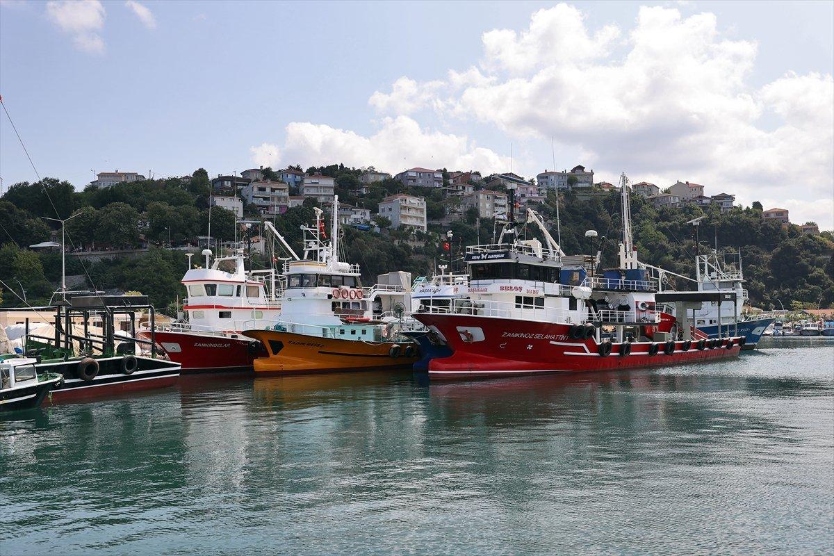 İstanbullu balıkçıların gözü 1 Eylül de #7