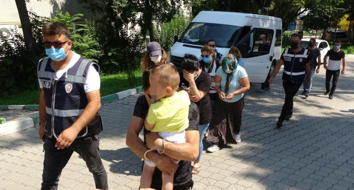 Samsun da kadınlar lüks araçla hırsızlık yaptı #2