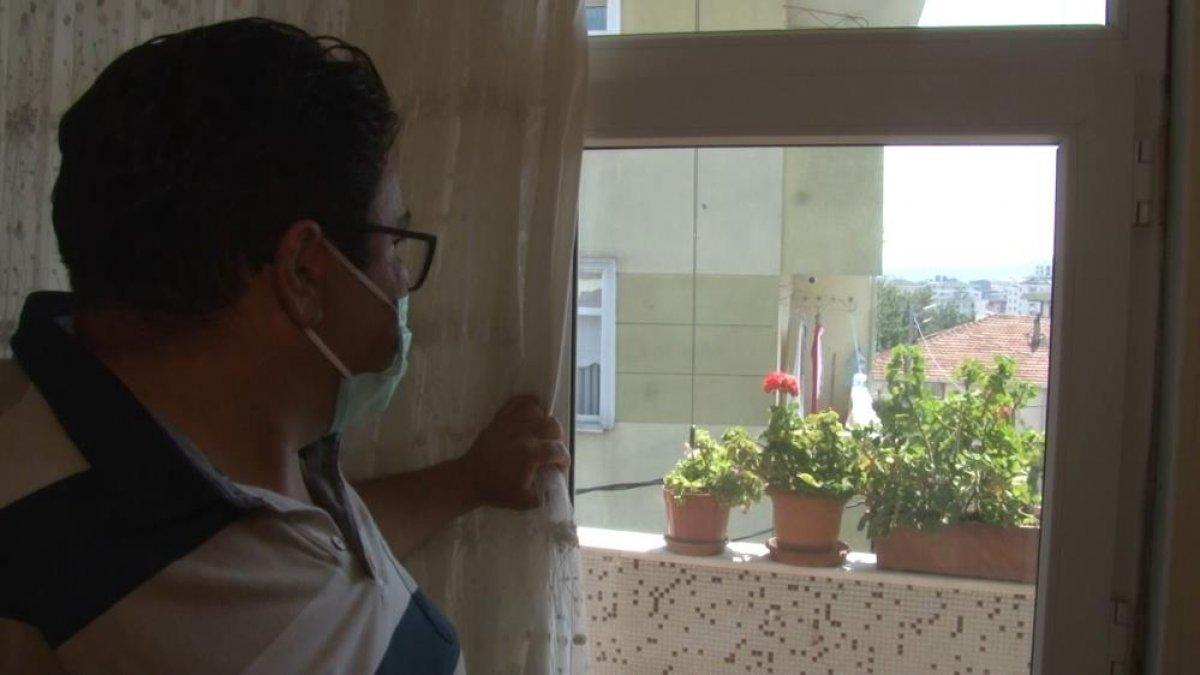 Ümraniye de bir kişi, komşusuna cinsel organını gösterdi #2