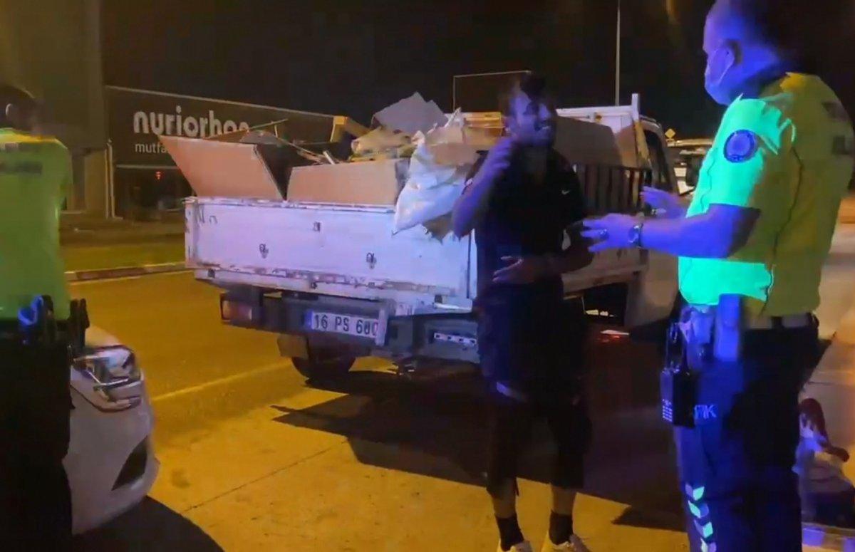 Bursa da ehliyetsiz sürücü polise yakalandı #2