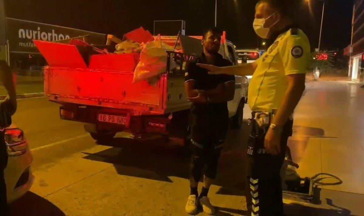 Bursa da ehliyetsiz sürücü polise yakalandı #3