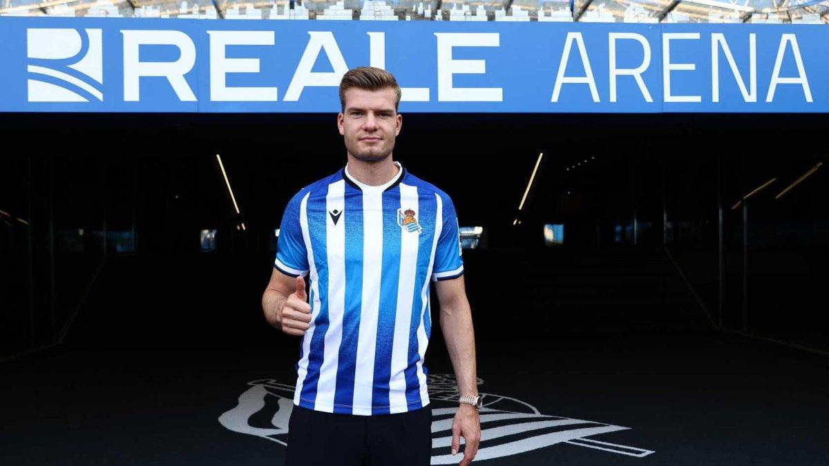 Alexander Sörloth: Sociedad a transferimi bekliyordum #1