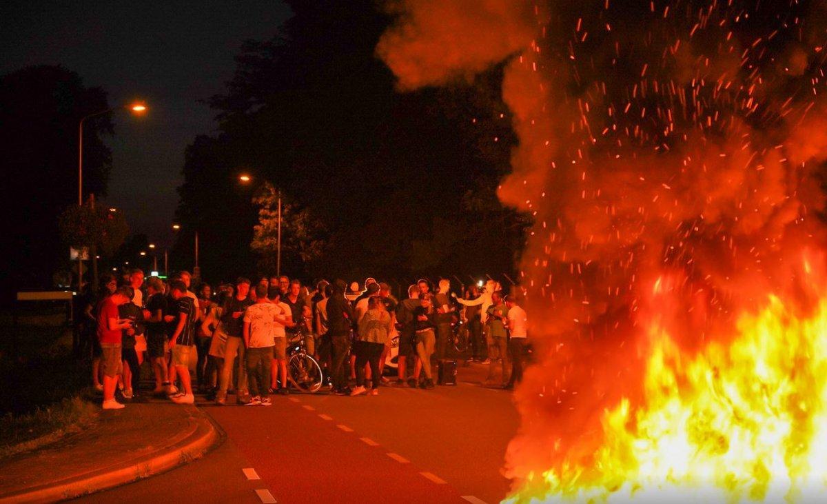 Hollanda da Afgan sığınmacılar protesto edildi #1
