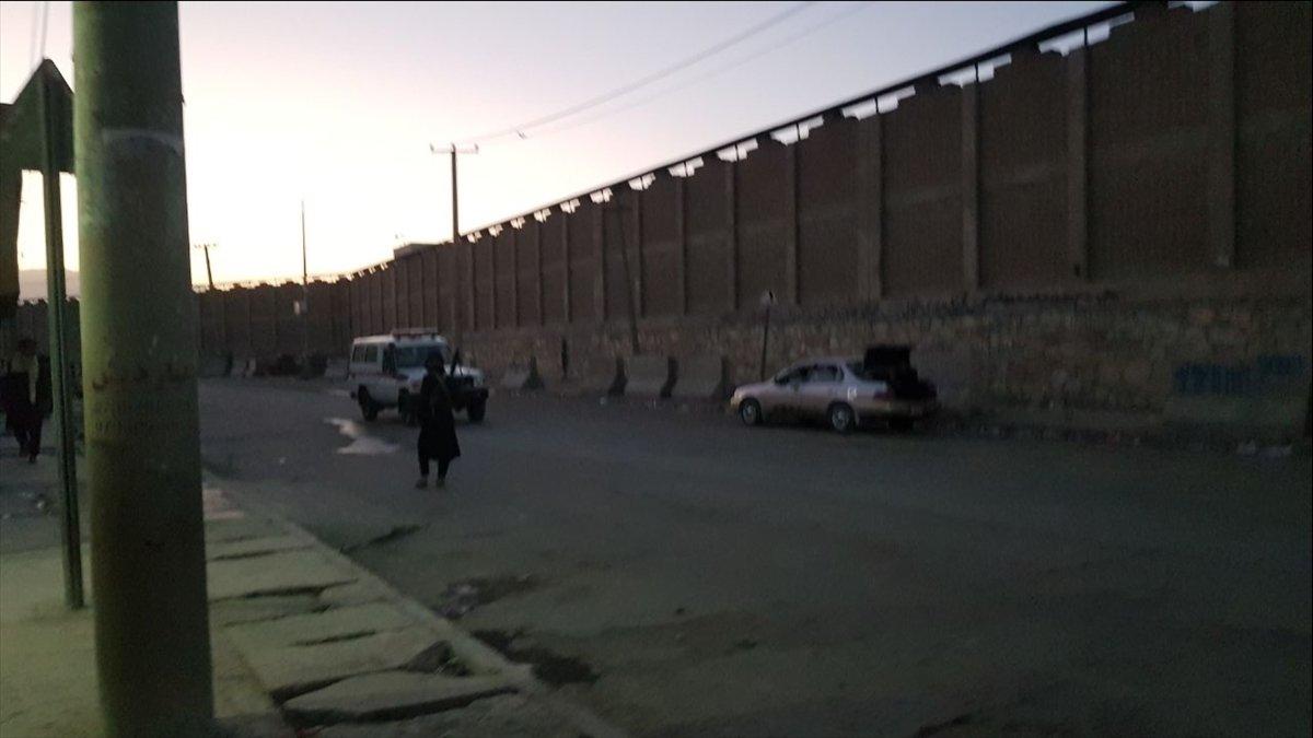 Kabil Havalimanı dışında patlama meydana geldi #14