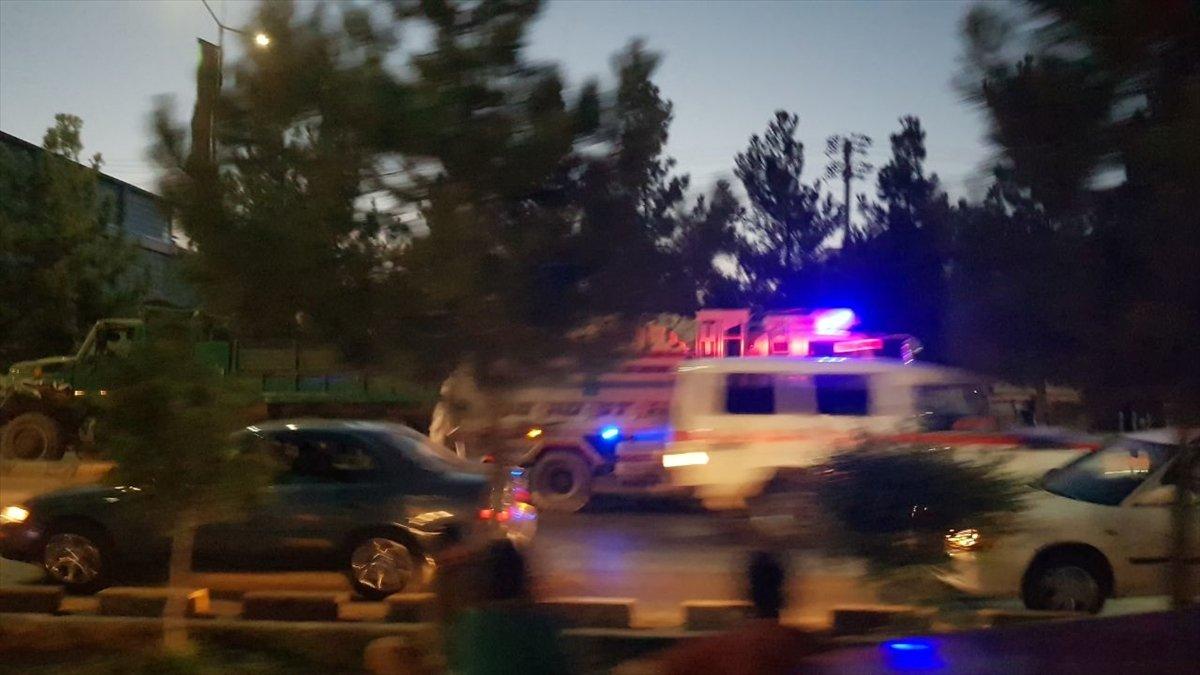 Kabil Havalimanı dışında patlama meydana geldi #11