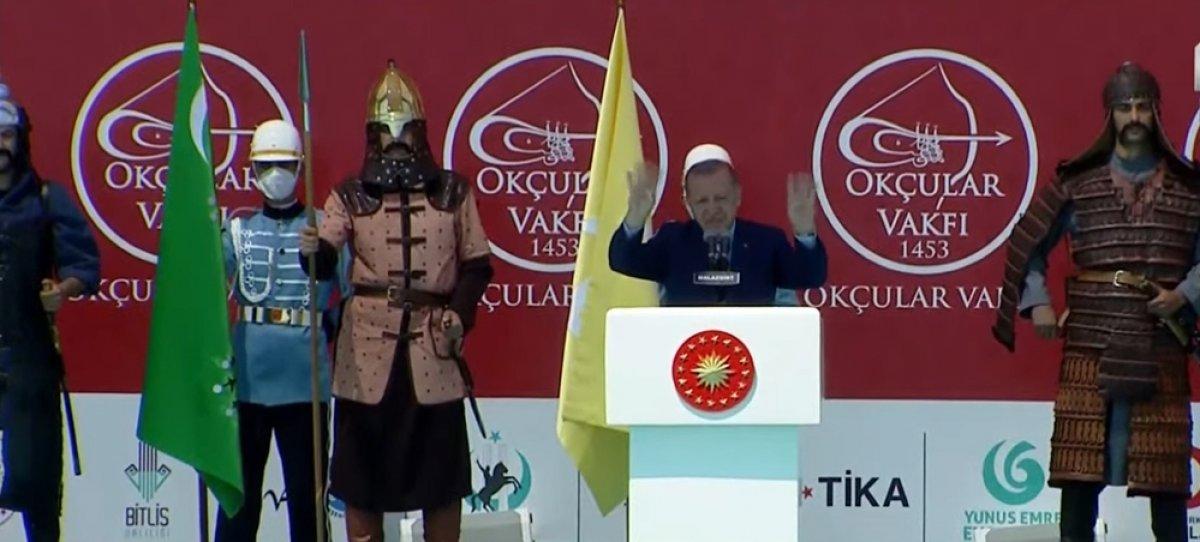 Malazgirt Zaferi'nin 950. yıl kutlamalarına yoğun katılım #8
