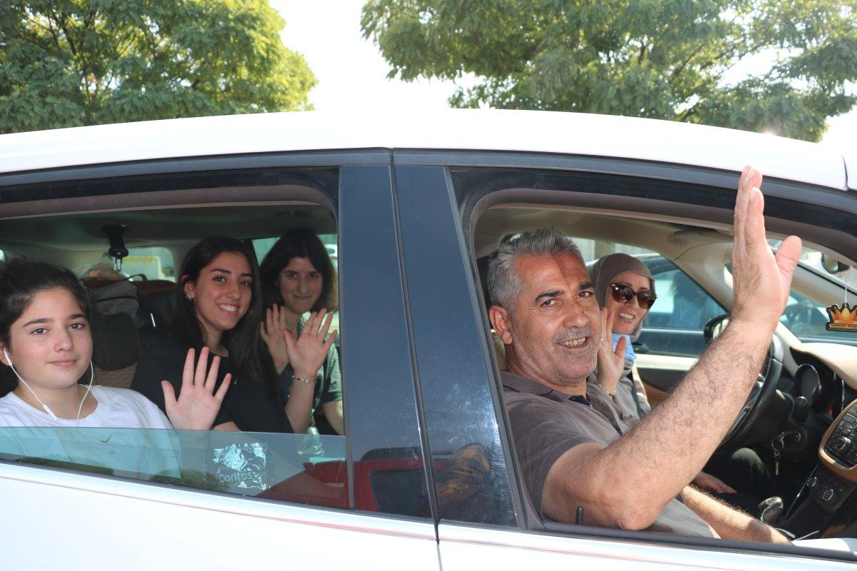 Kapıkule Sınır Kapısı'nda, gurbetçilerin dönüş yolu çileye dönüştü #5
