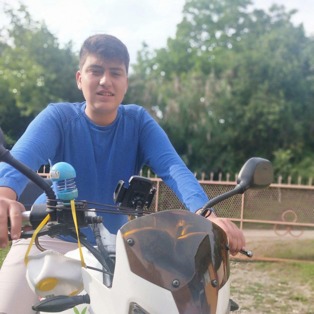 Bartın da 17 yaşındaki genç yanan araçta yaşamını yitirdi #2