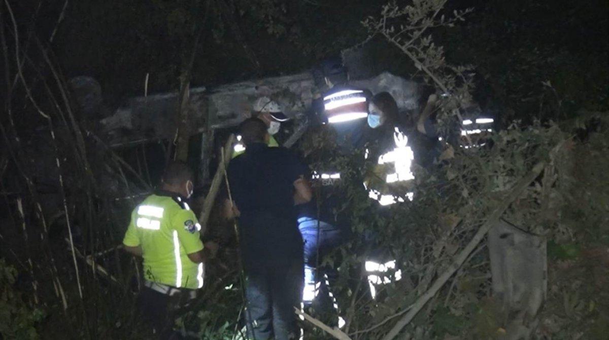 Bartın da 17 yaşındaki genç yanan araçta yaşamını yitirdi #1