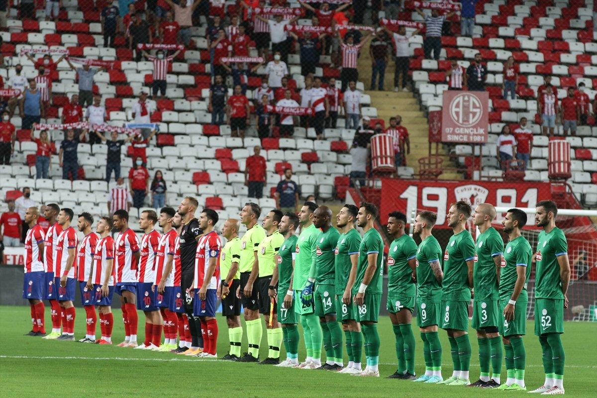 Antalyaspor, Çaykur Rizespor u 3-2 mağlup etti #2