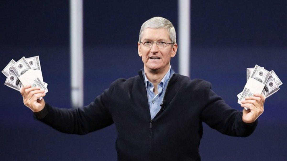 10 yıldır Apple CEOsu olan Tim Cooka 750 milyon dolarlık hisse verildi