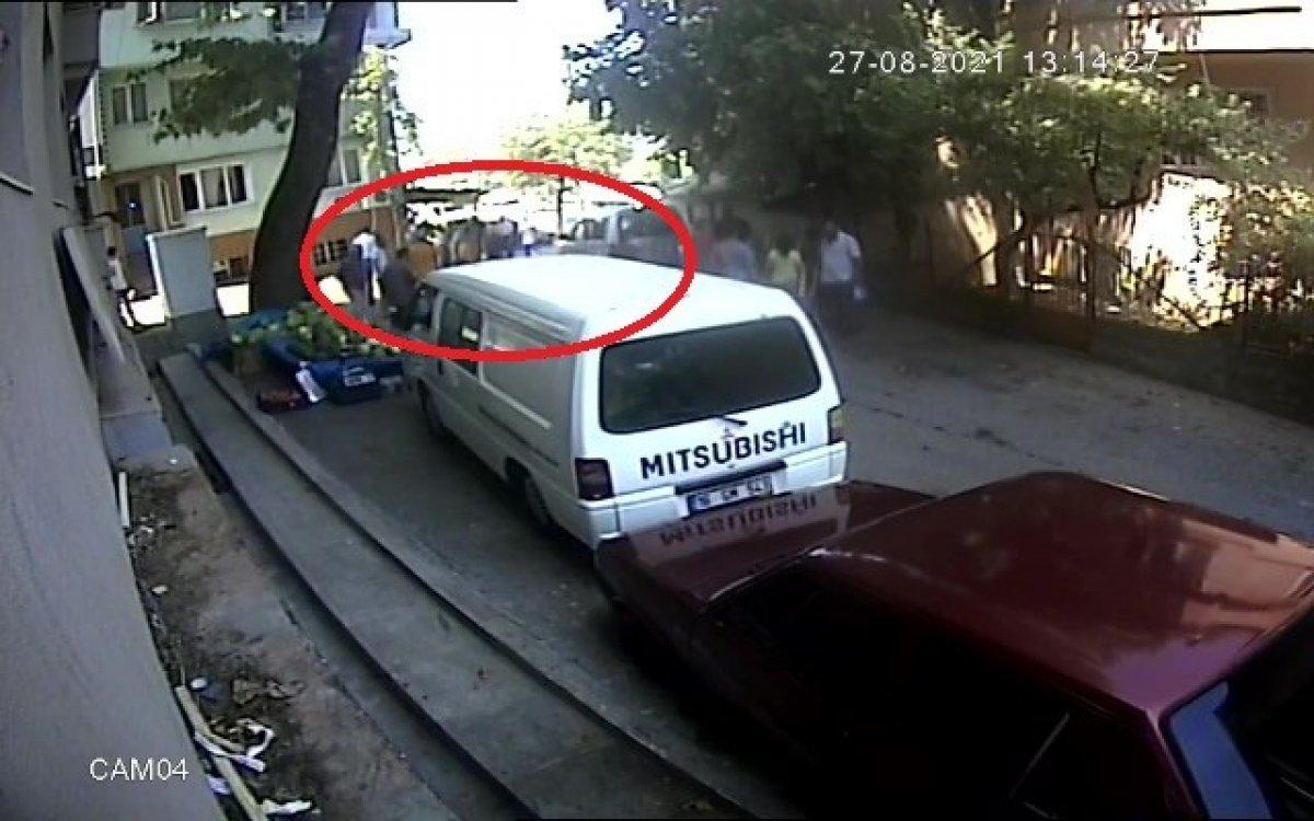 Bursa da yol verme kavgası: 2 yaralı  #3