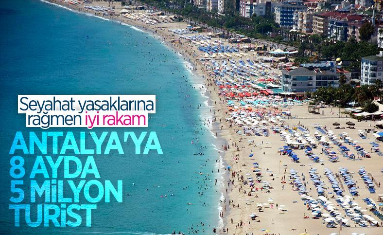 Antalya'da turist sayısı 5 milyonu geçti