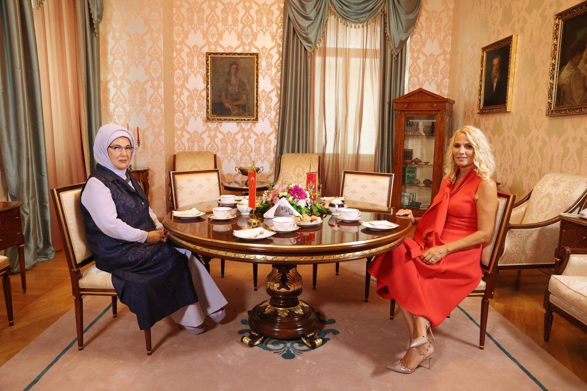 Emine Erdoğan, Kral Nikola Müzesi ni ziyaret etti #1