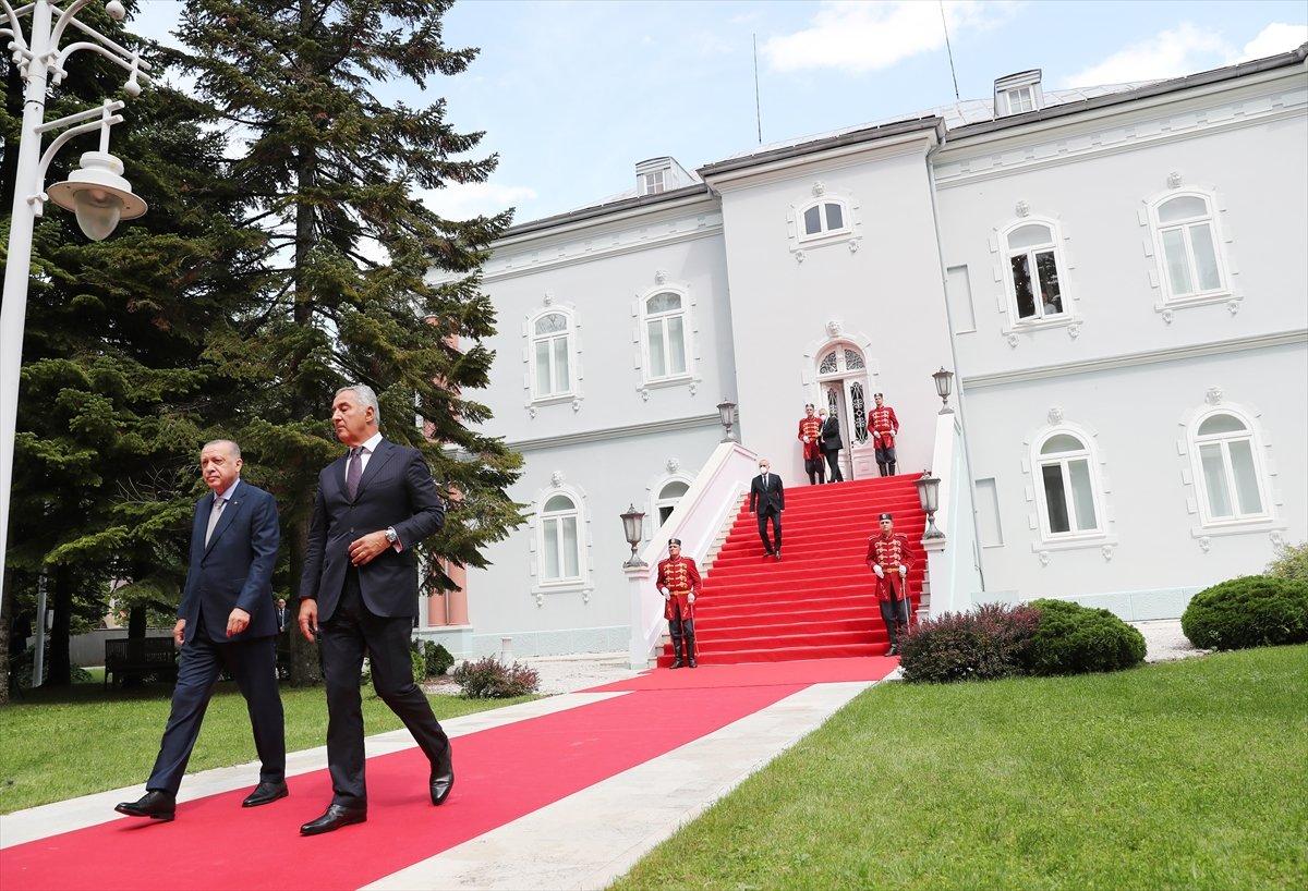 Cumhurbaşkanı Erdoğan ın Karadağ daki basın toplantısı konuşması #6