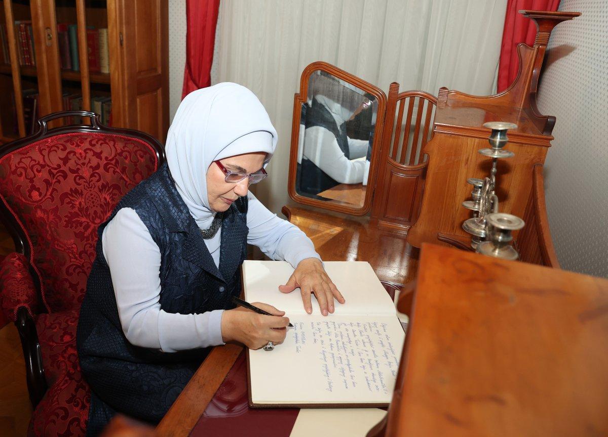 Emine Erdoğan, Kral Nikola Müzesi ni ziyaret etti #4
