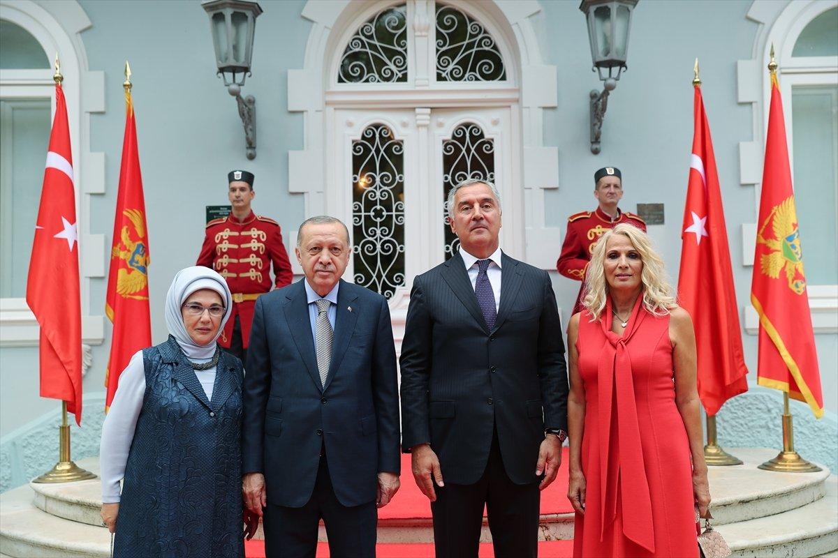 Karadağ da, Cumhurbaşkanı Erdoğan dan 2022 Dünya Kupası mesajı #3