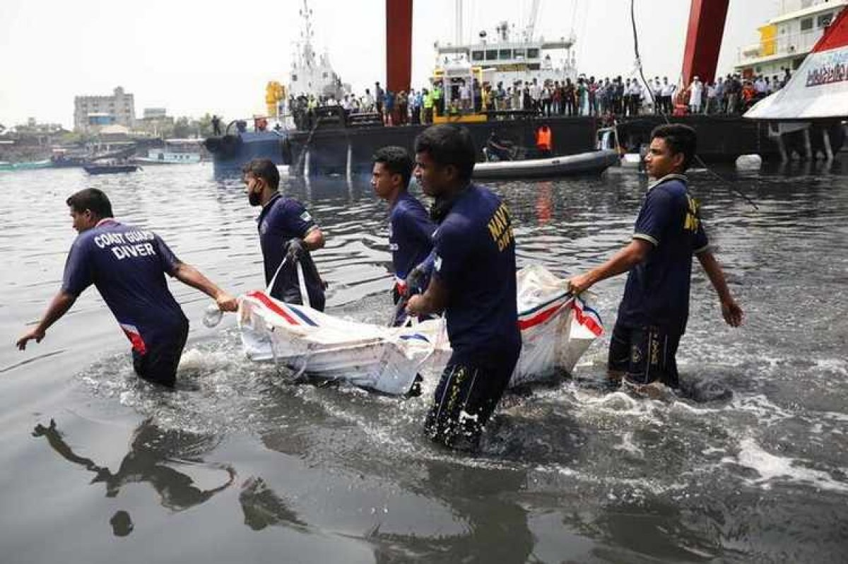 Bangladeş te gemi kazası: 21 ölü #6