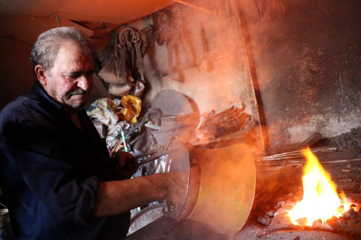 Sivas'ta kalaycılığın son temsilcileri mesleği devredecek çırak bulamıyor #7