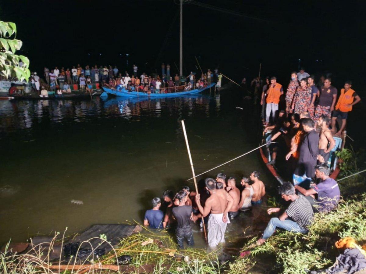 Bangladeş te gemi kazası: 21 ölü #4